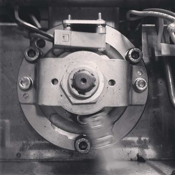 P.A.D.D.L.E / a smooth actuator actuating correctly #coffeemachinist