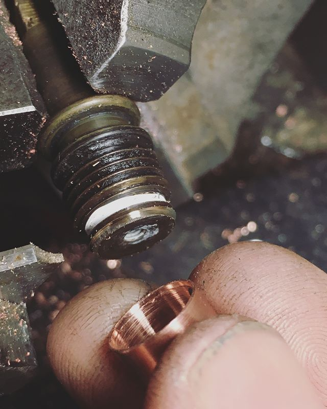 Tricksy repair on Justin's Olympia Club steam valve, where the thin wall brass around the tap seal had snapped off. Turned and brazed on a copper sleeve to replace it. Standard stuff on vintage rebuilds where parts are not to be found, fun but time consuming! #coffeemachinist